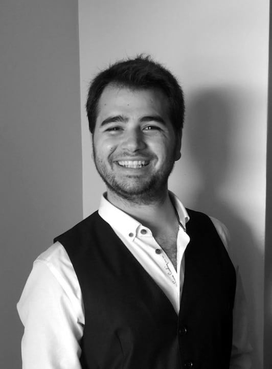 SiyahBeyaz Profil Fotoğrafı
